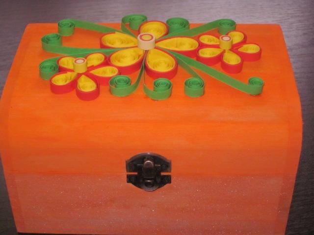 caseta bijuterii handmade quilling