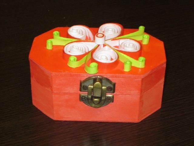 cutie pentru bijuterii handmade quilling